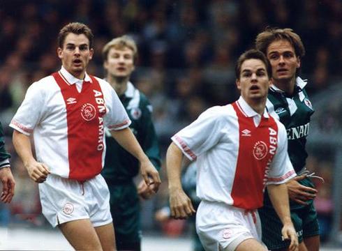 Os irmãos de Boer: ícones do futebol holandês por mais de uma década.