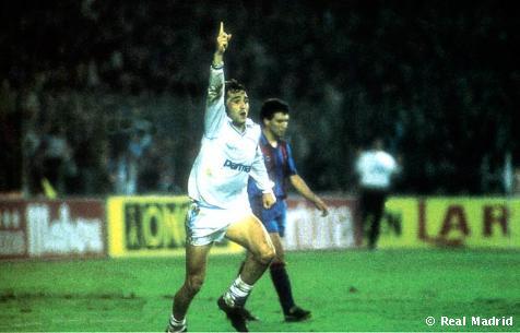 Gordillo comemora: jogador foi um dos grandes destaques do Real no setor esquerdo do ataque.