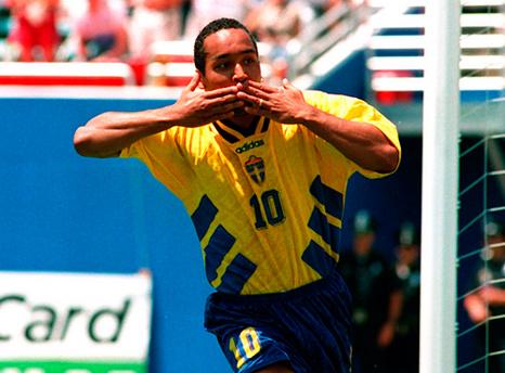 Martin Dahlin: talentoso atacante sueco nos anos 90.