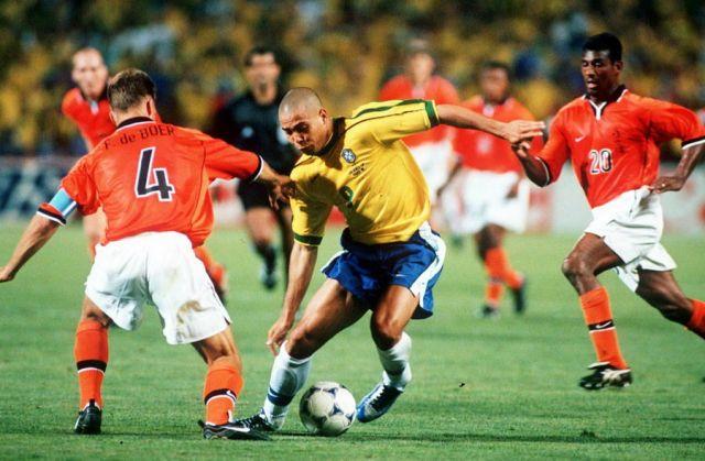 Jogos Eternos – Brasil 1×1 Holanda 1998