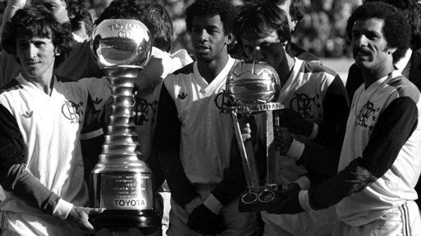 Zico, Andrade e Júnior após a conquista do Mundial Interclubes, em 1981.