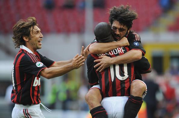 Pirlo, Gattuso e Seedorf: trio foi a espinha dorsal do magnífico Milan campeão de quase tudo entre 2003 e 2007.