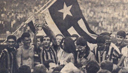 Gérson faz a festa em 1967...
