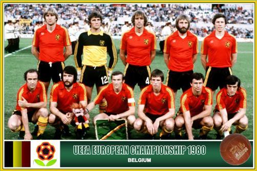 O time de 1980 - Em pé: Ceulemans, Pfaff, Meeuws, Millecamps e Vandereycken. Agachados: Van Moer, Erick Gerets, Cools, Mommens, Renquin e Francois Van Der Elst.