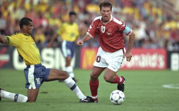 Contra o Brasil, Laudrup fez seu último jogo com a camisa da seleção dinamarquesa.