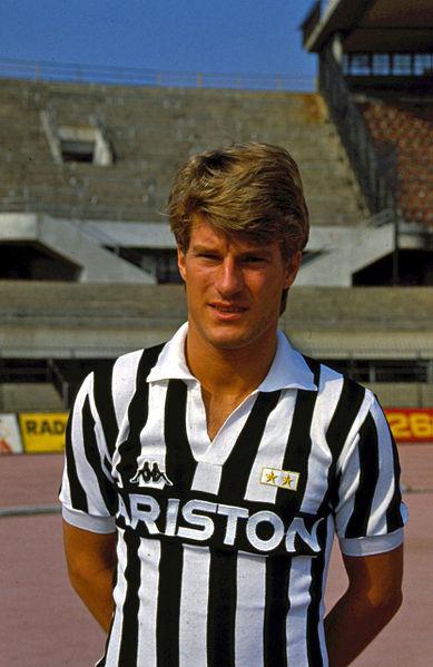 Pela Juventus, Laudrup começou tinindo e brilhou nos anos de 1985 e 1986.