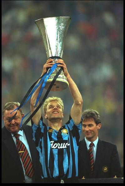Um holandês (Bergkamp) fez o torcedor da Inter sorrir em 1994...