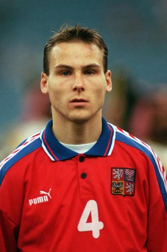 Com a camisa da seleção, em 1996...