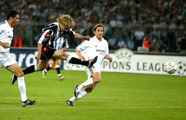 O golaço da classificação contra o Real...
