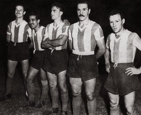 "Mario Boyé, ""Tucho"" Méndez, Alfredo Di Stéfano, José Manuel Moreno e Félix Loustau, o ""pequeno"" ataque argentino em 1947. Pobres rivais..."