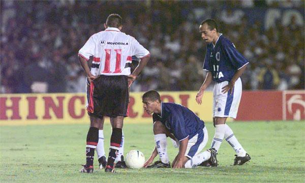 Jogos Eternos – Cruzeiro 2×1 São Paulo 2000