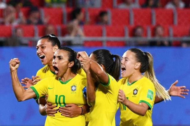 Futebol feminino: as principais jogadoras do Brasil e como elas driblam o preconceito