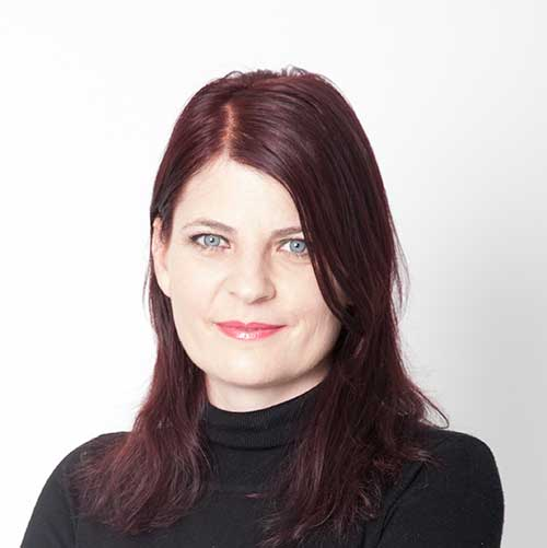 Laura Tocmacov