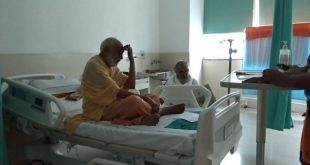 Put into protective custody in a hospital in Rishikesh, Agarwal refused to break his fast until action on the Ganga was taken [image by: Tarun Bharat Sangh]
