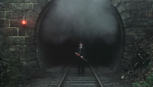 Horror Blog Signalman