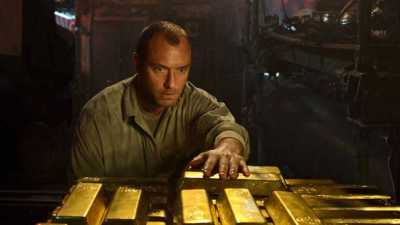 Jude Law took the lead in submarine thriller Black Sea