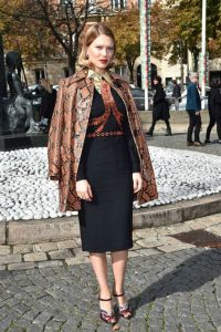 Lea-Seydoux-Vogue-7Oct15-Getty_b_592x888
