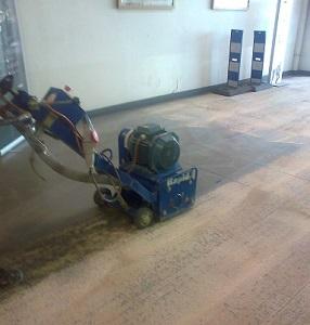 treballs amb fresadora pavimentacio  taller mecanic by impapolresin