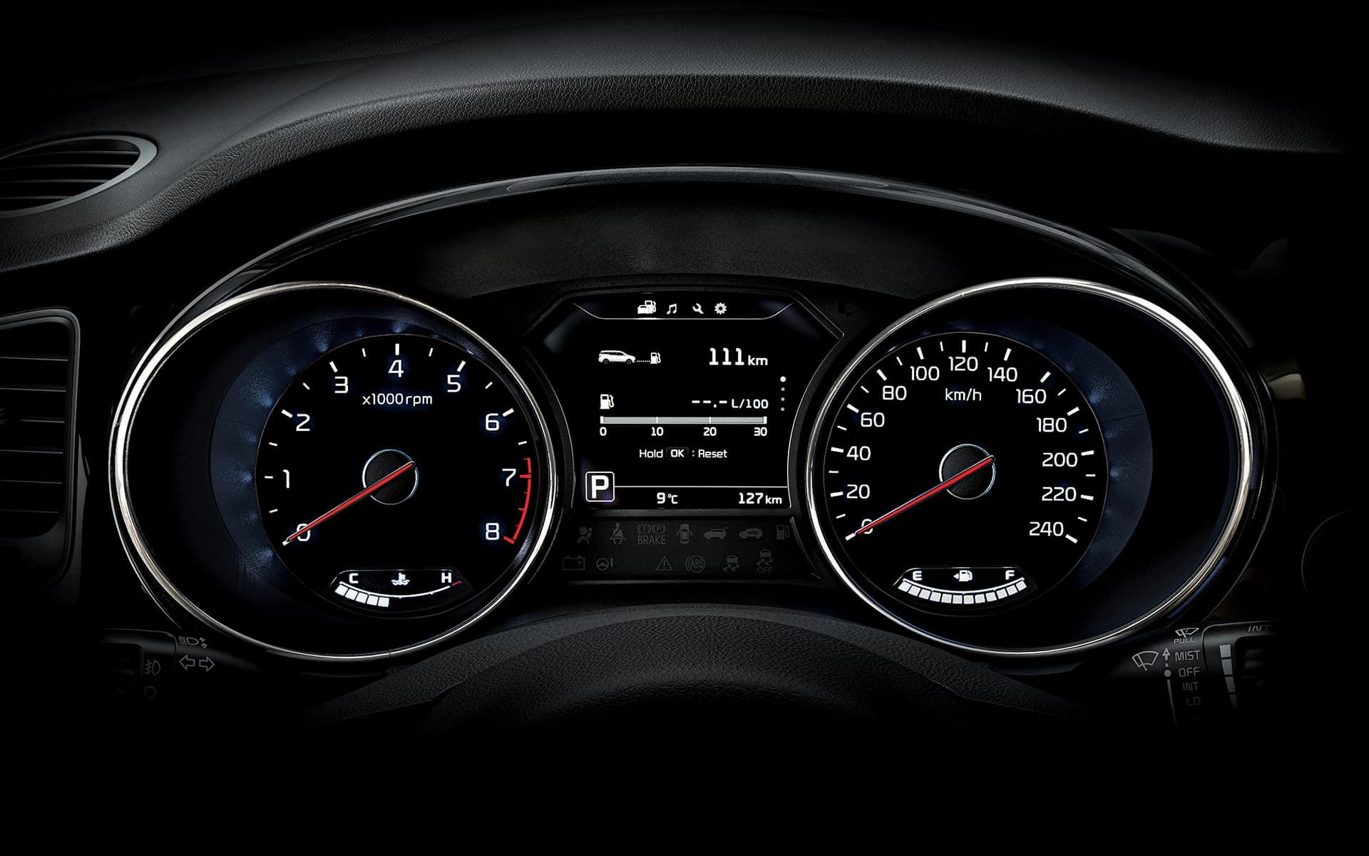 interior grand new veloz 1.3 2018 kia carnival minivan rent dubai imperial premium