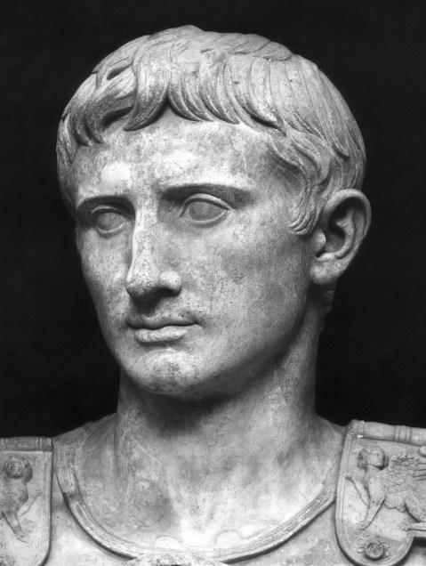 Busto de Augusto.