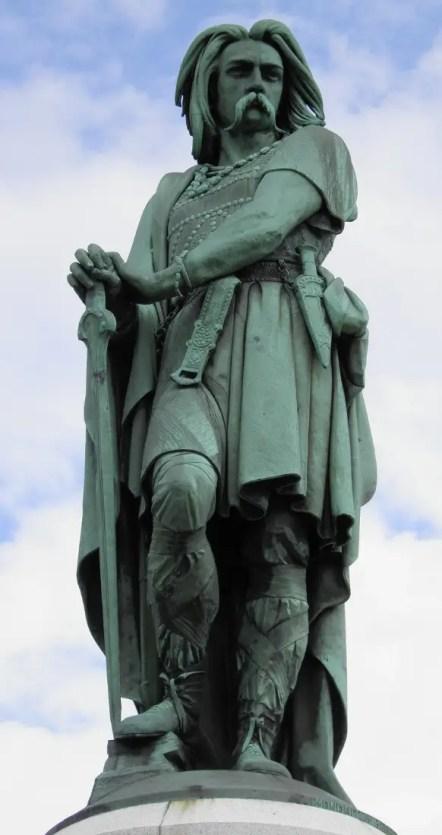 Estatua del mítico Vercingétorix.