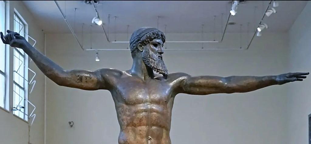 Detalle de una estatua de Estatua de Zeus.