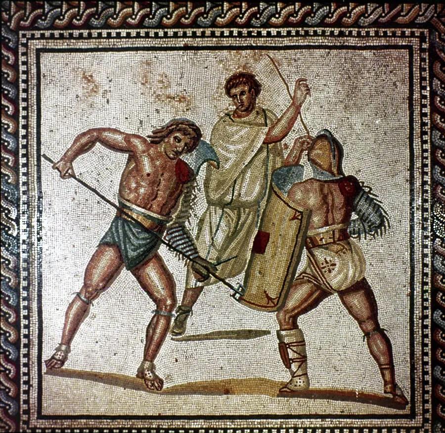 Mosaico romano en el que podemos observar a dos gladiadores en combate.