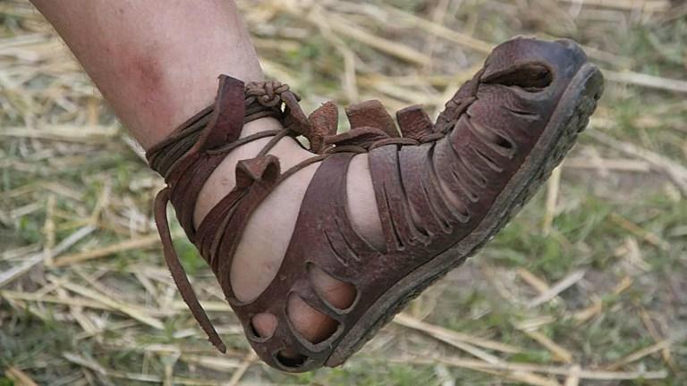 Sandalias romanas del tipo caligae utilizadas por los legionarios romanos.