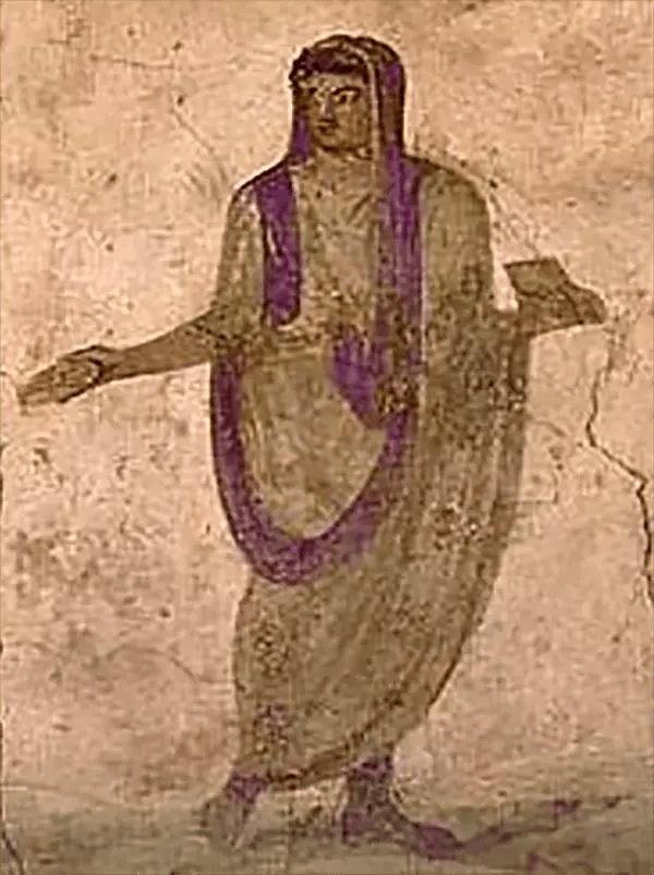 Fresco hallado en un Lararium en Pompeya representando un hombre vistiendo una túnica laticlavia y una toga praetexta.