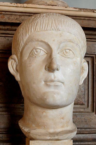 396px-Valens_Honorius_Musei_Capitolini_MC494
