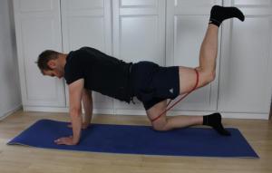Übung zur unilateralen Stärkung der Gesäßmuskulatur Endposition