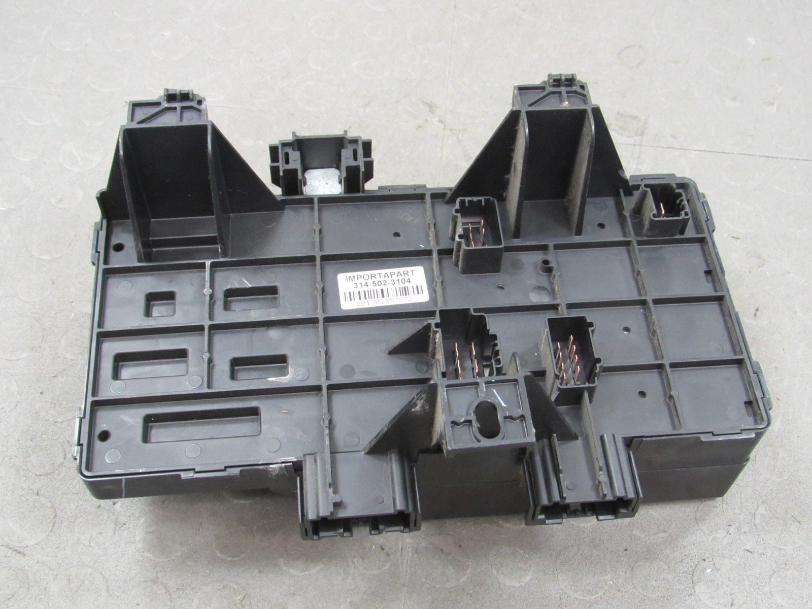 hight resolution of 04 expedition navigator interior fuse relay box block center 4l7t 14a067 ae ac