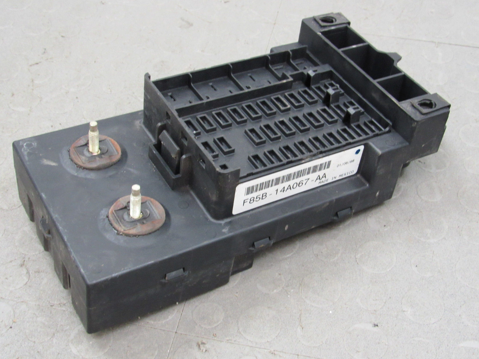 hight resolution of 97 98 ford f150 interior dash fuse box junction relay block f85b 14a067 aa m