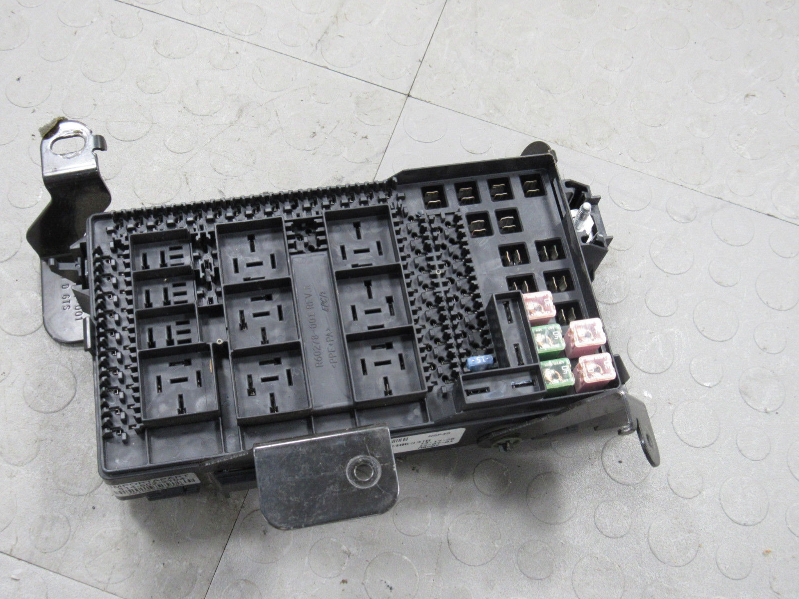 hight resolution of 02 ford f250 f350 under dash fuse box junction relay block 2c7t 14a067 an