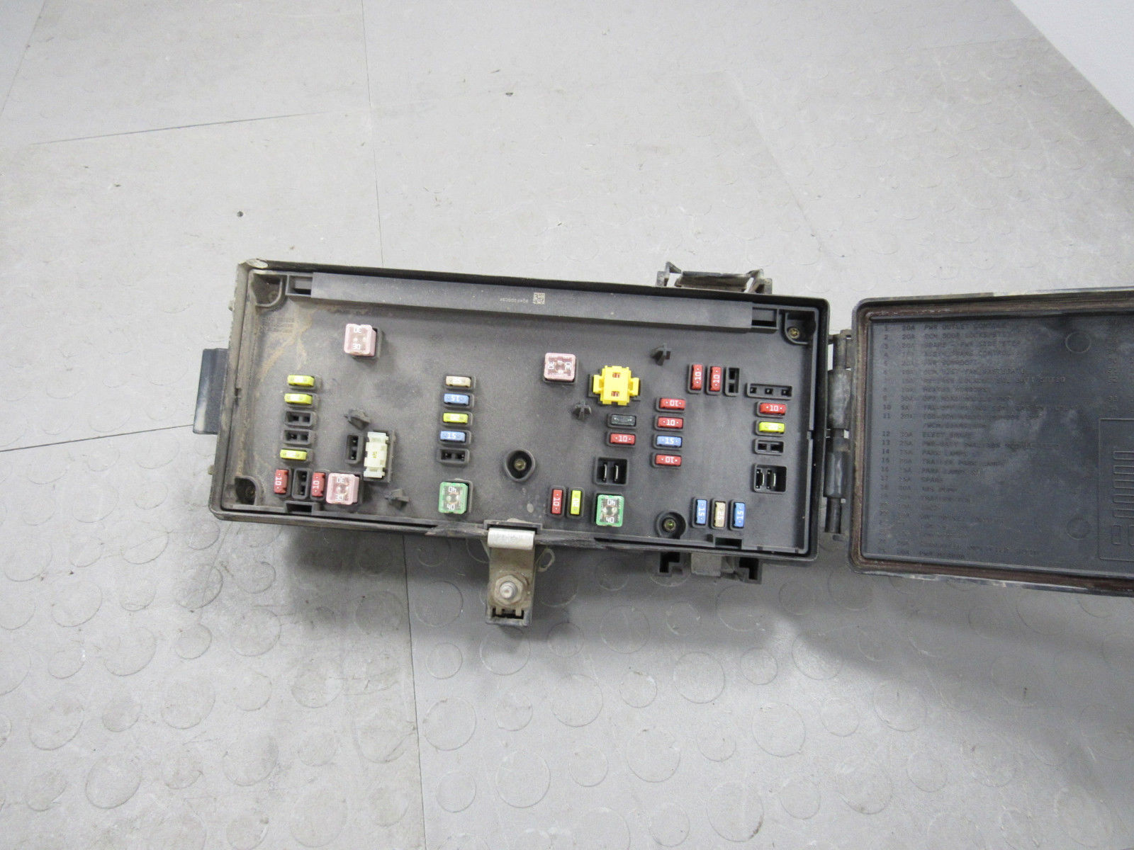 hight resolution of 07 dodge ram tipm totally integrated power module fuse box block 04692117ai a