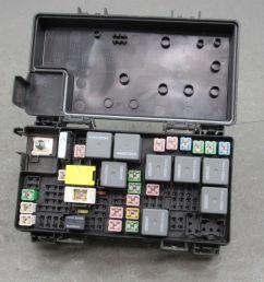09 caravan journey t c tipm integrated power module fuse box 04692302ab v [ 1600 x 1200 Pixel ]