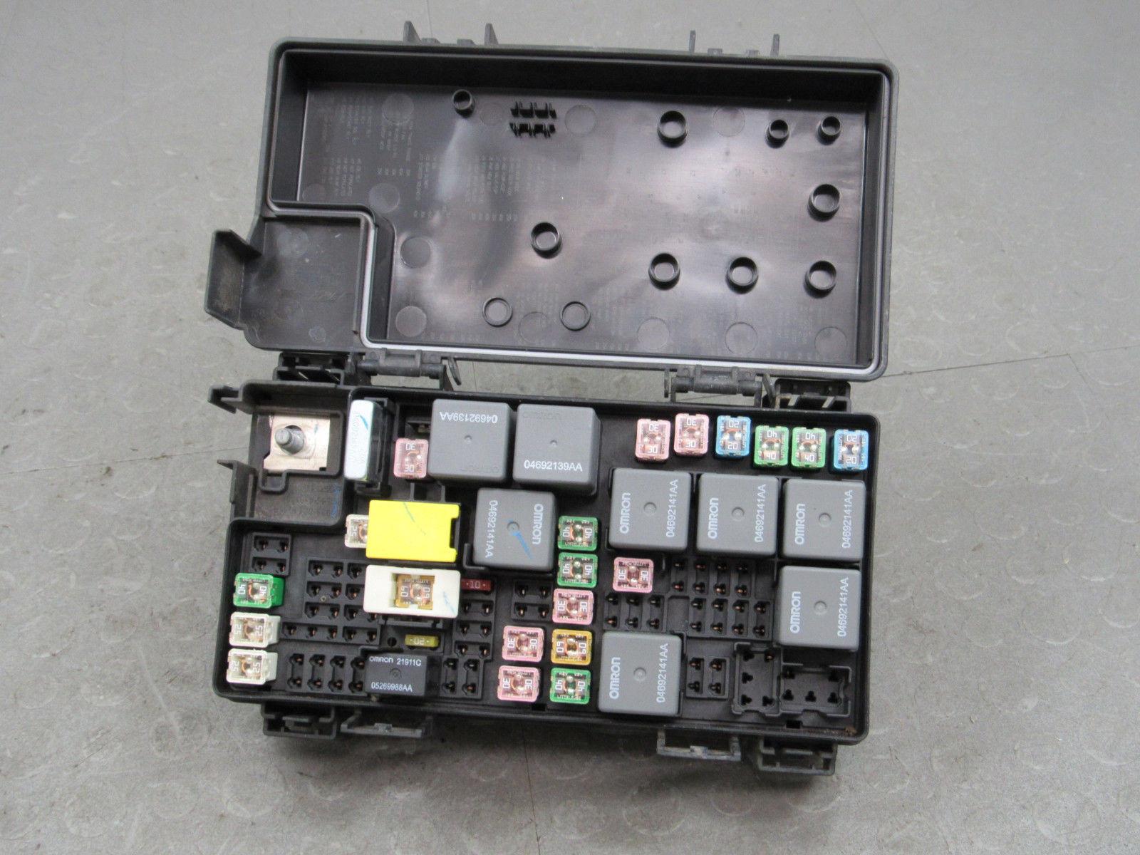 hight resolution of 09 caravan journey t c tipm integrated power module fuse box 04692302ab v