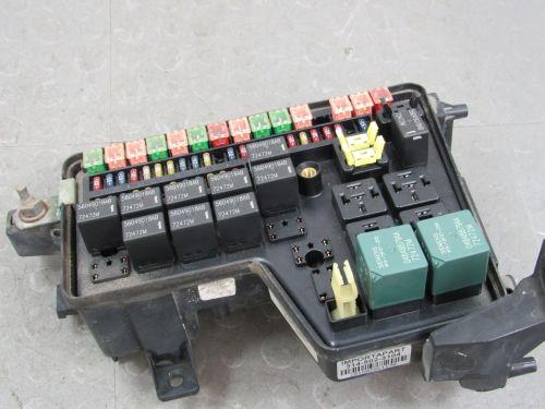 small resolution of 02 03 dodge ram integrated power distribution module fuse box 56049011af eg