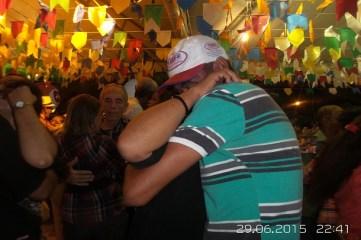 FORRO-CAJU-2015-DIA-29-JUNHO-FOTOS-FOTOS-DA-ULTIMA-NOITE-DE-FORRO-IMPRENSA1-FORROZEIRO-CASARAO-DA-CLEMILDA-FOLIOES-CASAL-43