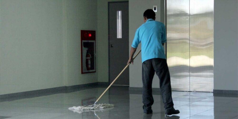 Pulizie industriali Verona | Pulizia scuole con i professionisti di Anna Service, impresa di pulizia