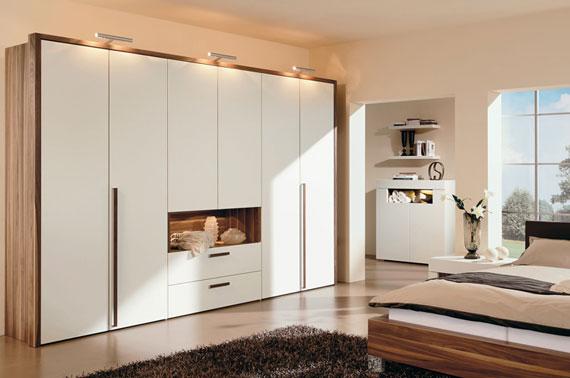 Useful Design Ideas To Organize Your Bedroom Wardrobe Closets 5