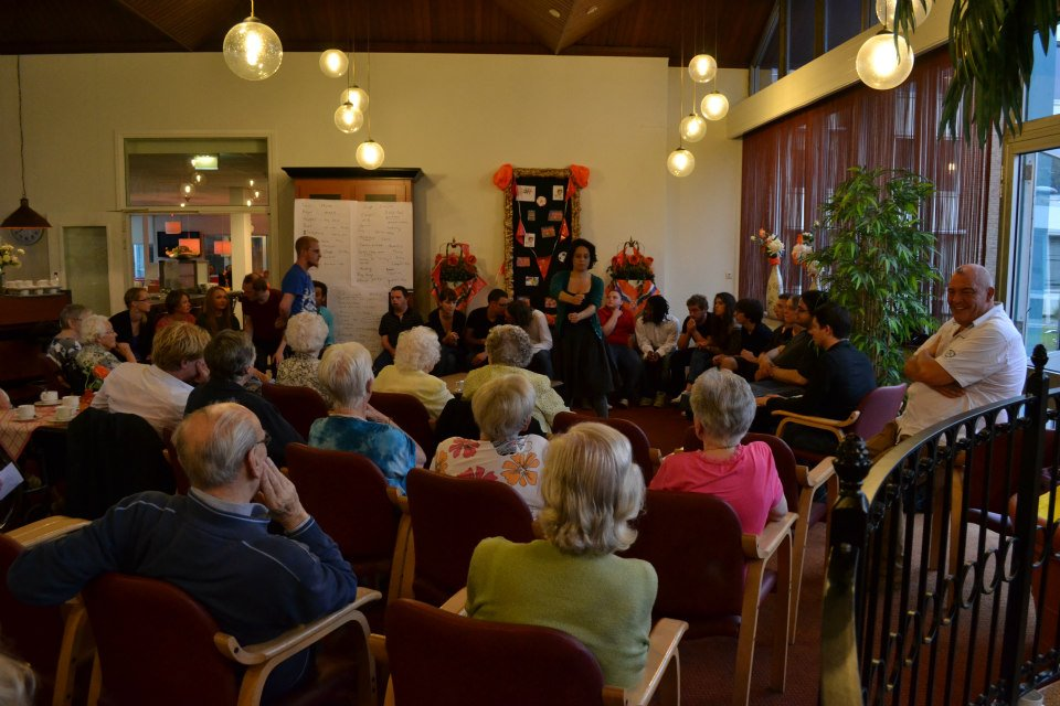 ImproBattle Den Haag zoekt vrijwilligers voor project met jongeren en ouderen