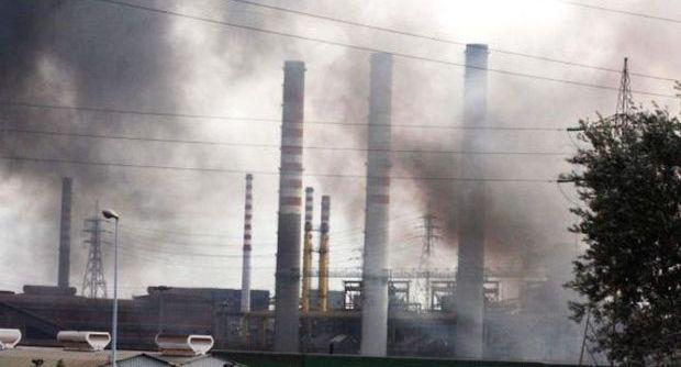 Ilva: Anonymous svela l'infrazione dei limiti di emissione di sostanze