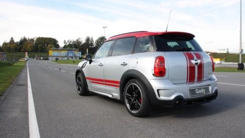 MINI_Countryman_JCW_2012