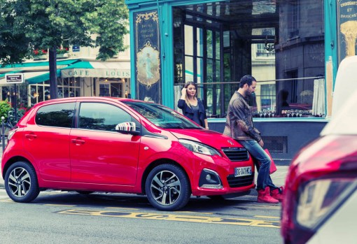 Peugeot 108 test drive Paris