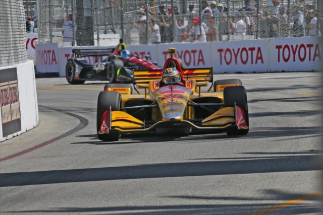 Ni Hunter-Reay ni Newgarden lograron pelearle a Rossi (FOTO: Richard Dowdy/IMS, LLC Photo)