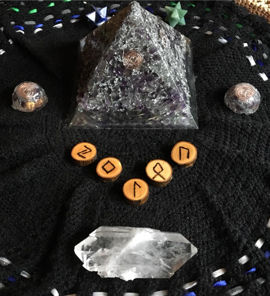 Sunday Runecasting ~ Weekly Runic Influences For November 5 - 11