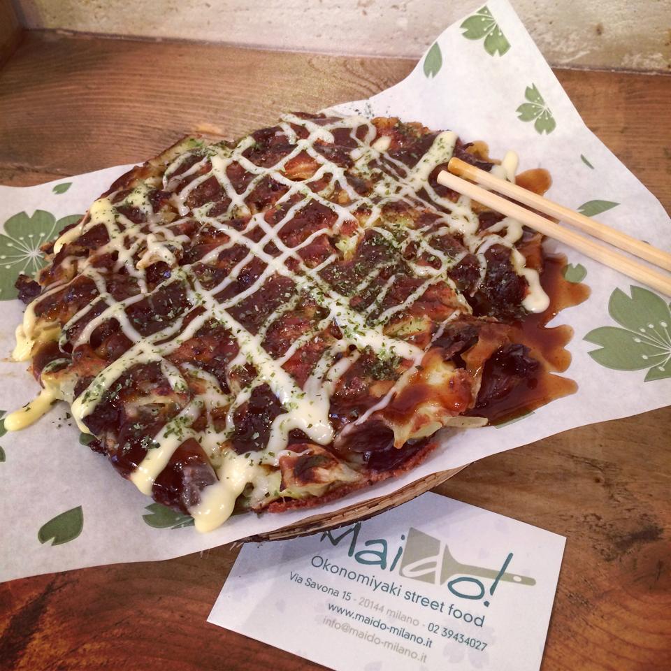 Food hunting con Indira  Maido Okonomiyaki street food  I MURR