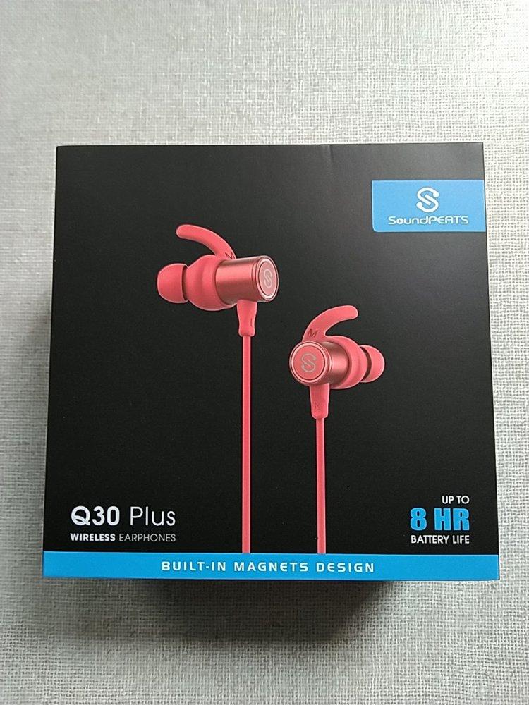SoundPEATS(サウンドピーツ) Q30 Plus Bluetooth イヤホン 化粧箱前面