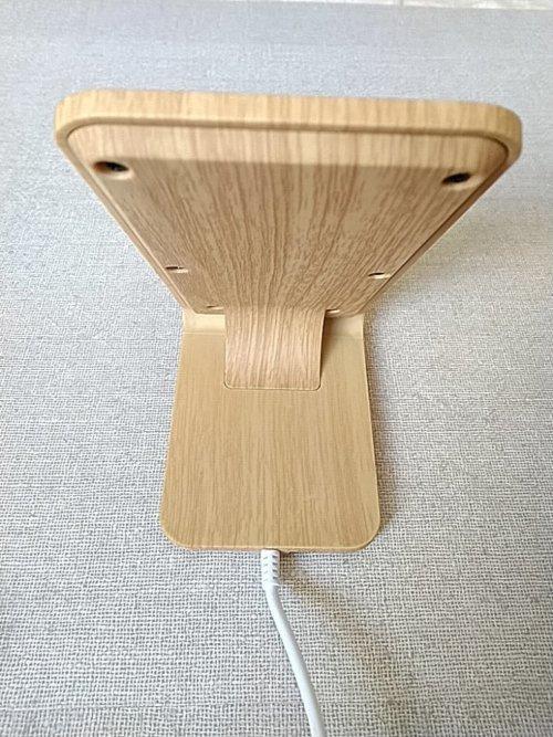 Qi対応木目調ワイヤレス充電スタンド背面
